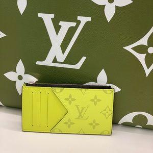 New Louis Vuitton Monogram Taiga Coin Card holder